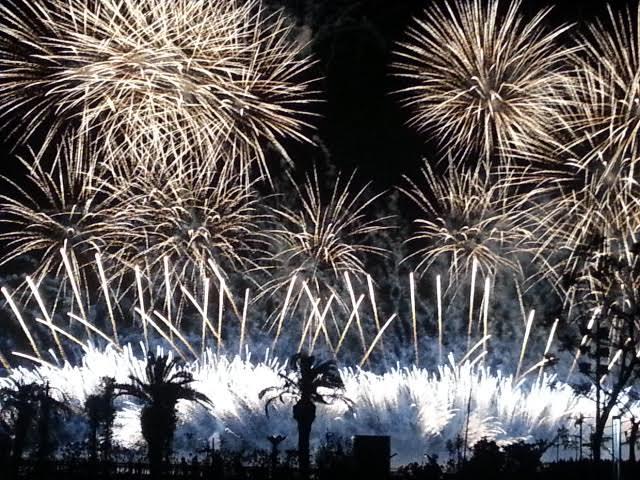 2月12(月・祝)熱海海上花火大会の開催日です。