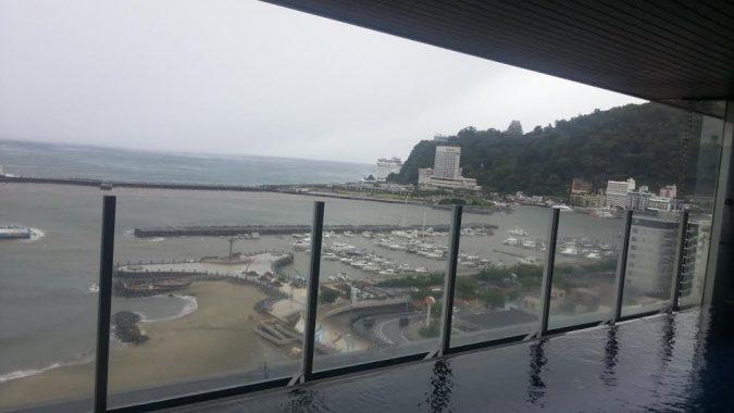 強風ですが、小雨になりました。8月22日(月)13:00PM