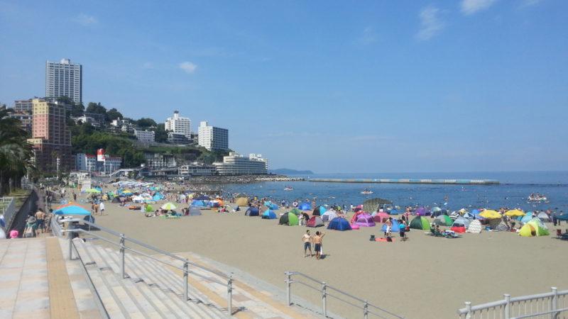 熱海サンビーチは、昨日海開きしました。