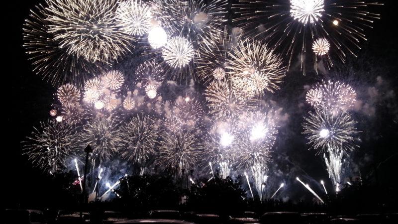 次の熱海海上花火大会は、7月31日(火)です。