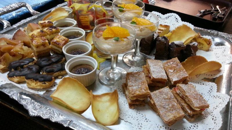 ホテルミクラスのケーキ各種を和風館でお出ししました。