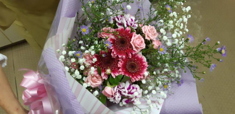 『花束』をご用意しました。~お祝いのご宴席で~